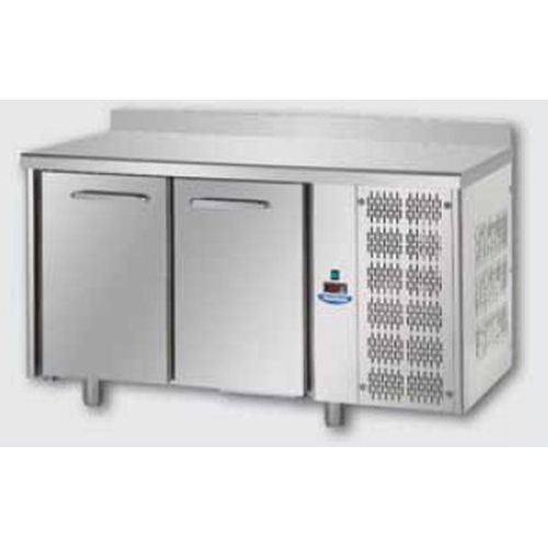 Tavolo refrigerato 2 porte ventilato TN con alzatina